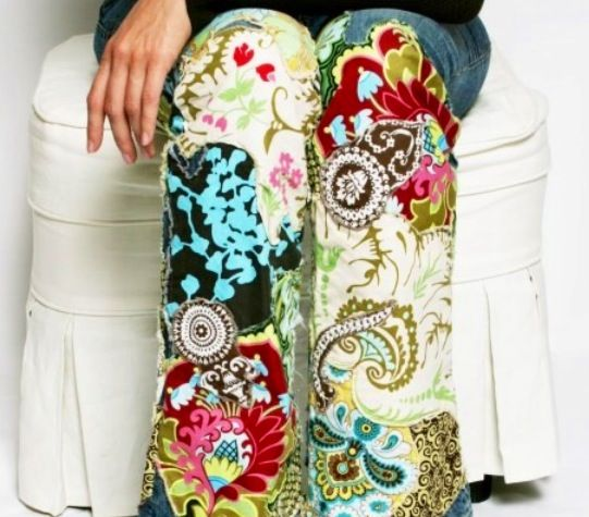 Embroidery on jeans. Love!