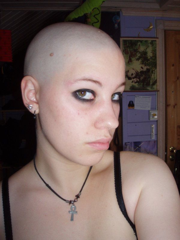shaved Girl smooth head