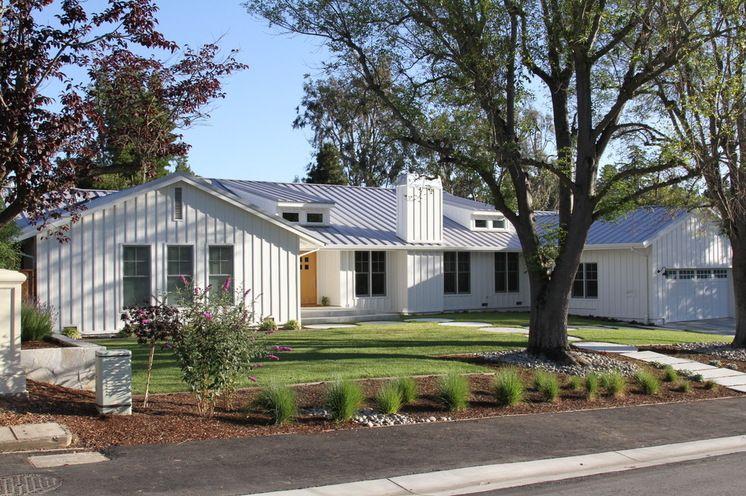 Contemporary Exterior By Design Discoveries Ranch Style Homes Ranch House Exterior Ranch Exterior