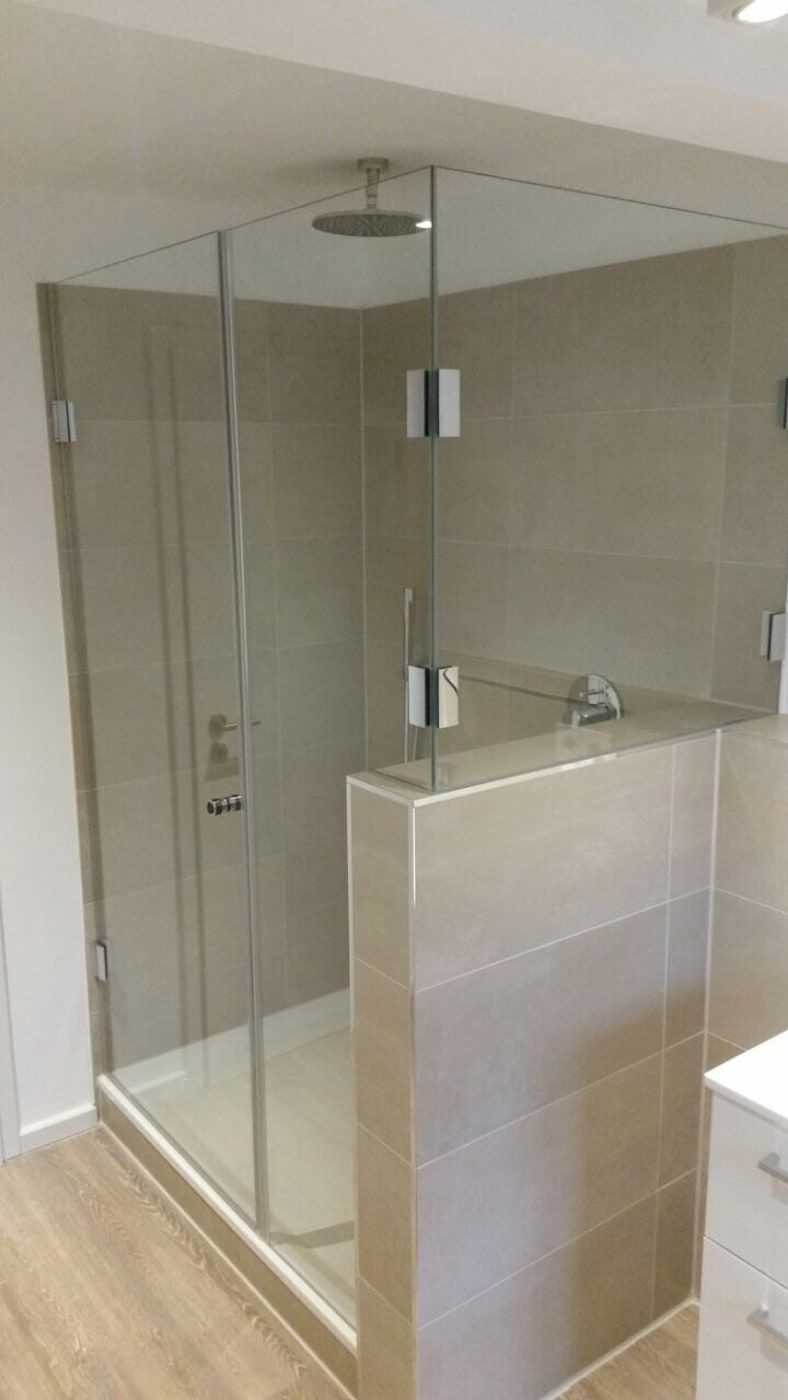 Umbau Fur Einen Neuen Lebensabschnitt Moderne Badezimmer Von 2kn