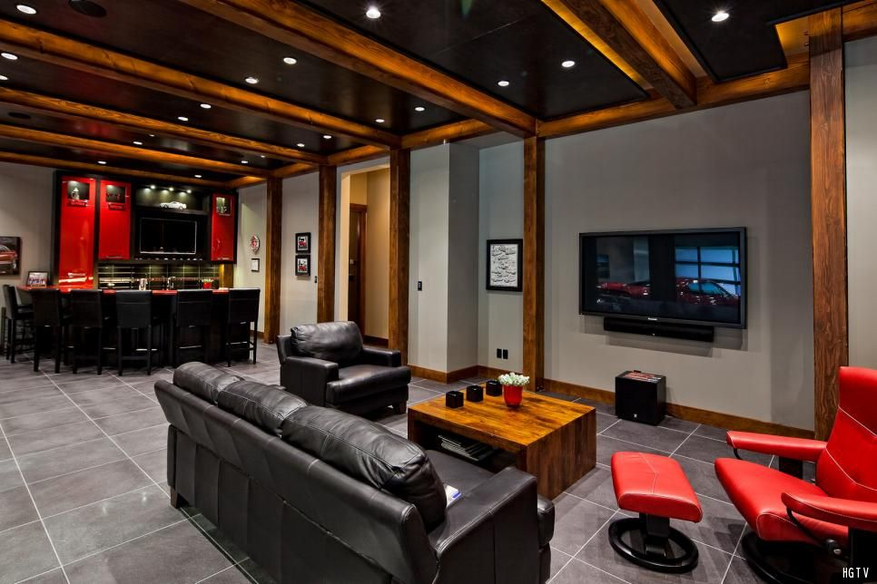 10 Must Have Items For The Ultimate Man Cave Man Cave Sofa Man
