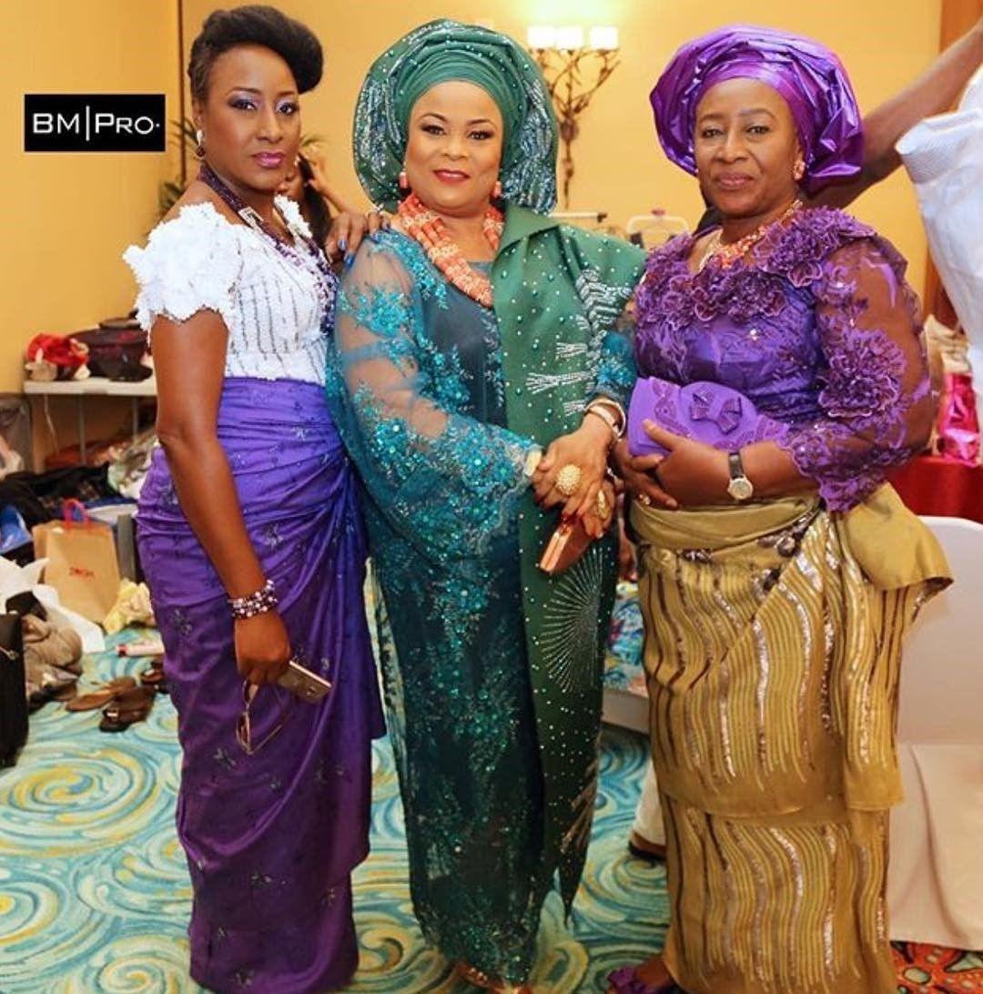 There are a variety of ways to enable yourself be unique with an  latest asoebi styles, Even if you are contemplating about what to create and slay with an Nigerian Yoruba dress styles. Nigerian Yoruba dress styles for parties come in a lot of patterns and designs.   The African print styles beauty of this print is that it comes in many designs and textures. Ankara will permit you make a fall in with of any cloth without losing the Ankara designs flair. #nigeriandressstyles There are a variety o #nigeriandressstyles