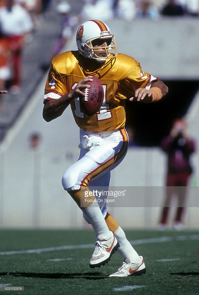a0a59729a Quarterback Vinny Testaverde #14 of the Tampa Bay Buccaneers 1990 .  Testaverde played for the Buccaneers from 1987-92.