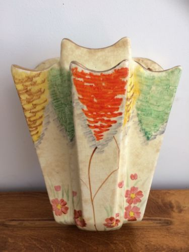Arthur Wood Art Deco Wall Pocket Vase With 4 Chambers Floral