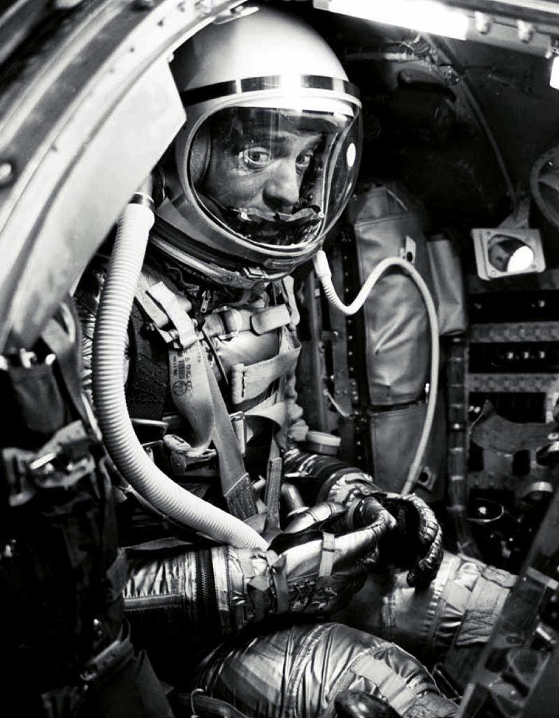 apollo and space shuttle astronauts - photo #36