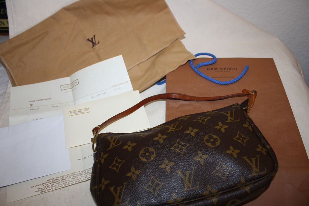 Pin On Purses Handbags Totes Hobo