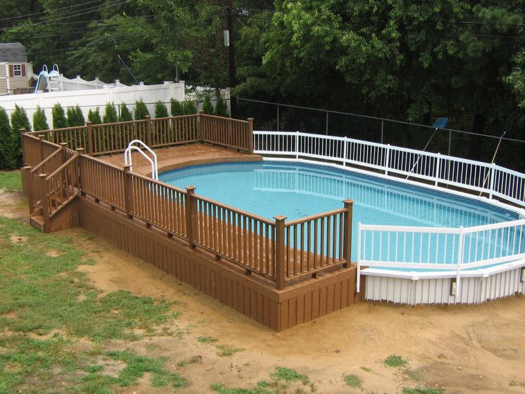 Brown Wooden Above Ground Pool Deck Which Mixed With White Fences