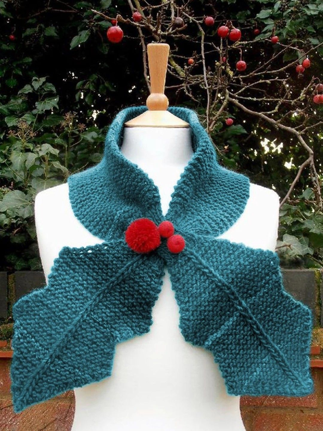 Pin by Pepper C` on Christmas...Decorating & Ideas | Scarf ...