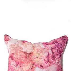Floral cushion from last years MA show. Online shop to come soon! 🌷🌺💕 Sarah Blythe Textiles