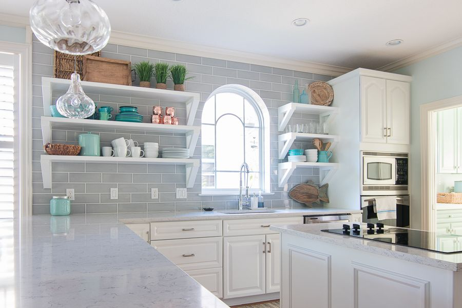 Best Coastal Kitchen Makeover Kitchen Remodel Small Kitchen 640 x 480