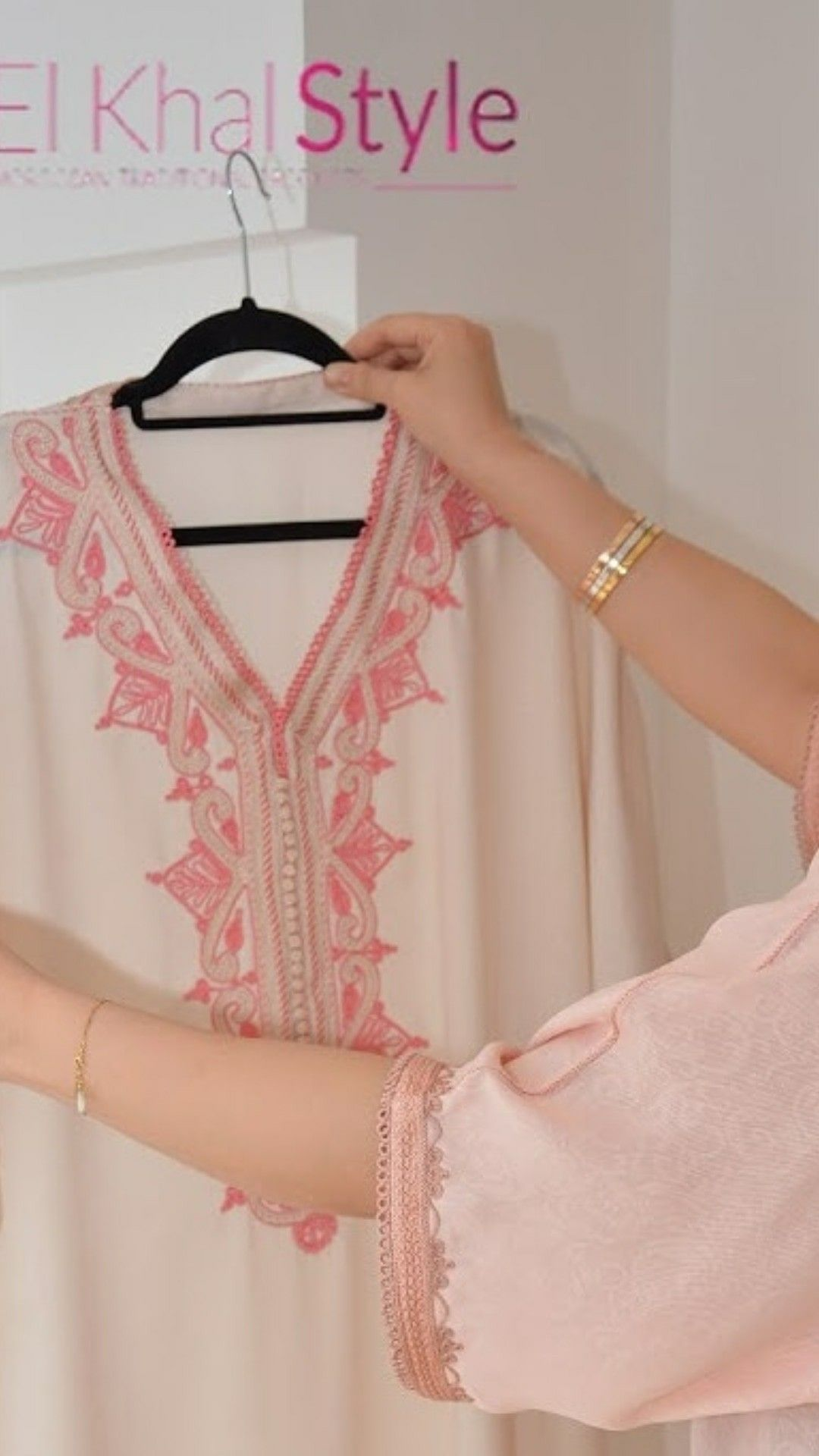 نستقبل طلبات تفصيل لرمضان والعيد Elkhal Style Elkhal Style Elkhal Style تفصيل خياطة عبايات فستان زواج جلابية جلابة مغر Fashion Dresses Fashion Style