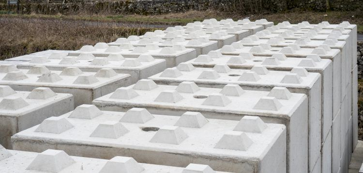 Interlocking Retaining Wall Blocks Our Interlocking Lego Blocks Are A Quick Efficient And Retaining Wall Blocks Retaining Wall Interlocking Concrete Blocks