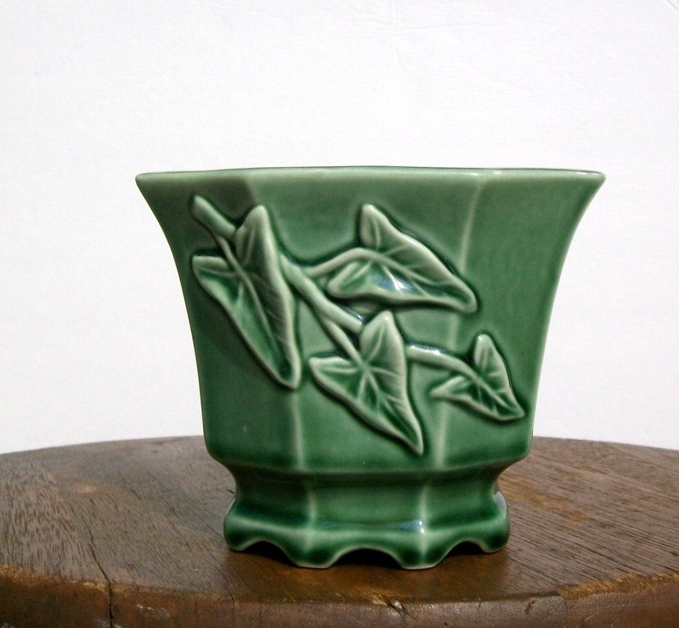 Green Planter Vintage Green Ivy Pottery Planter Green Things Sondra
