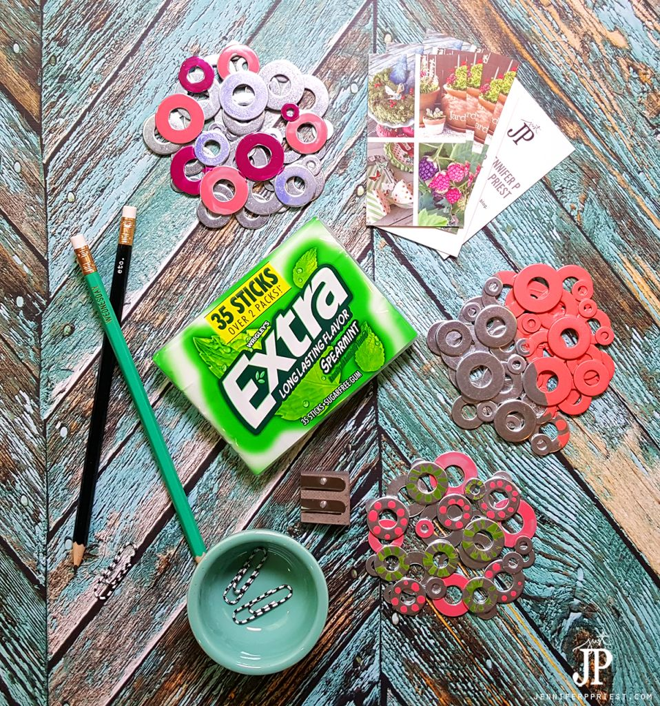 How to make metal washer coasters painted with nail polish