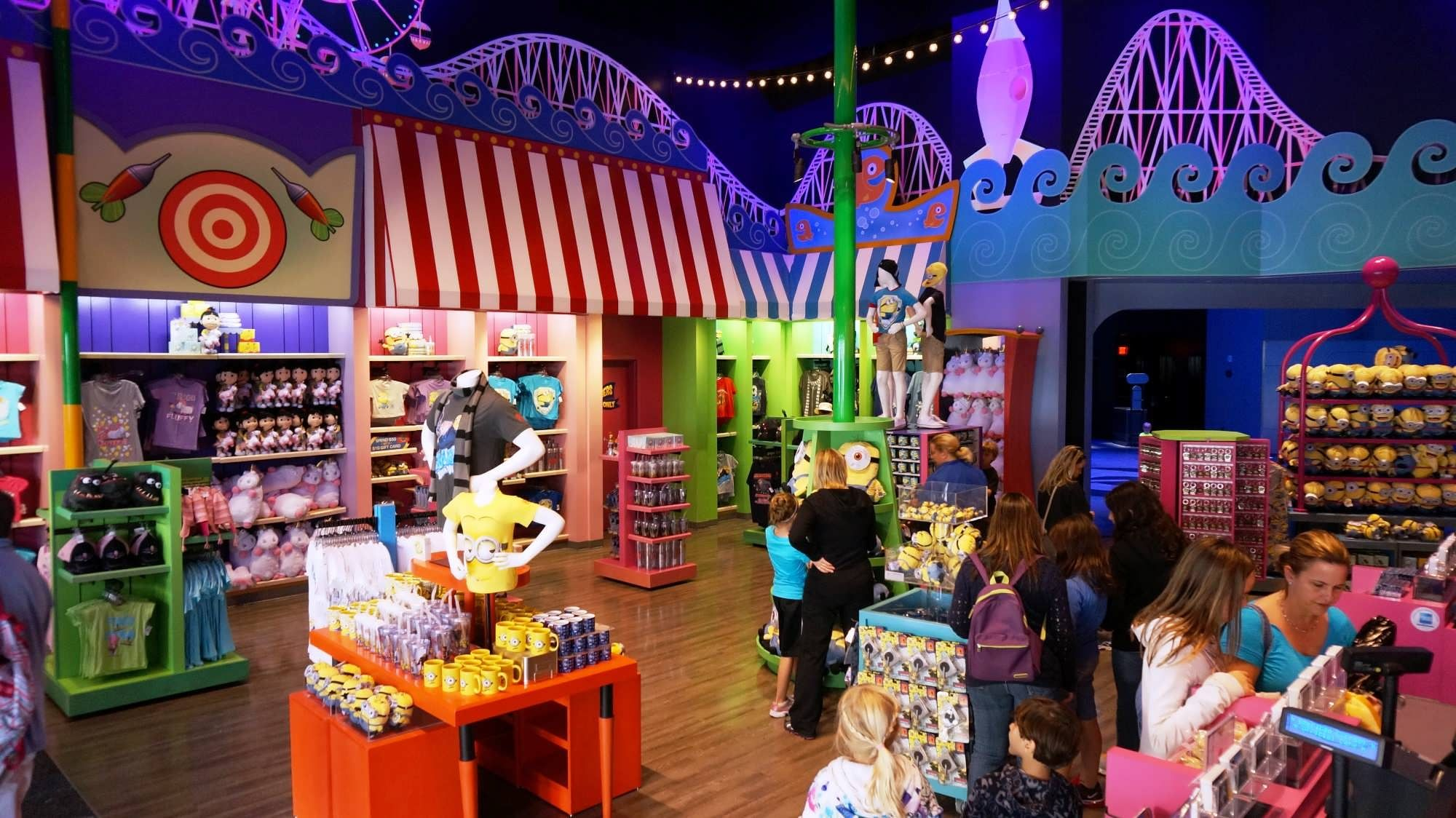 THE BIG 5 Top five gift shops at Universal Orlando