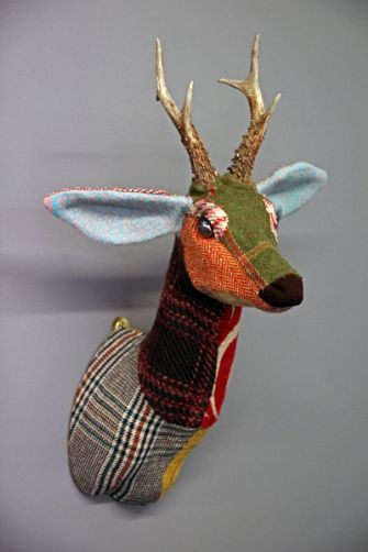 Patchwork tweed roe deer head for the wall a playful piece just for fun baby nursery - Cabezas animales tela ...