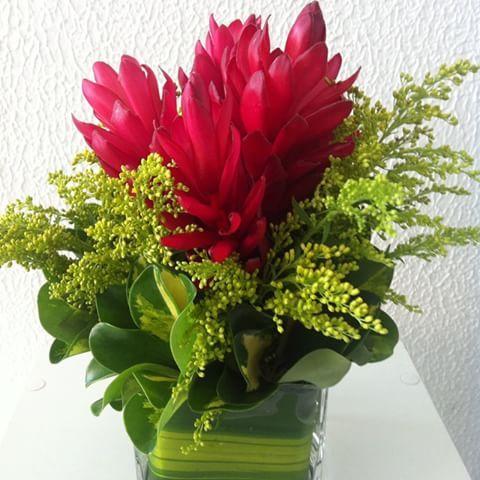Arranjo De Mesa Tropicaliaflores Festa Flores Florestropicais