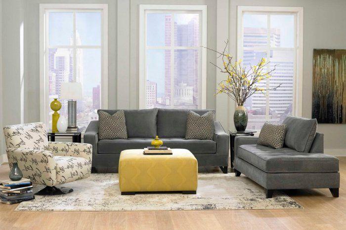 Wohnzimmereinrichtung Ideen Graue Möbel Dekovasen Verschiedene Stoffe