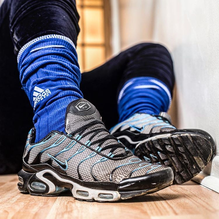 SNEAKERS ADDICT ! #whitesocks #socks #nikeairmax