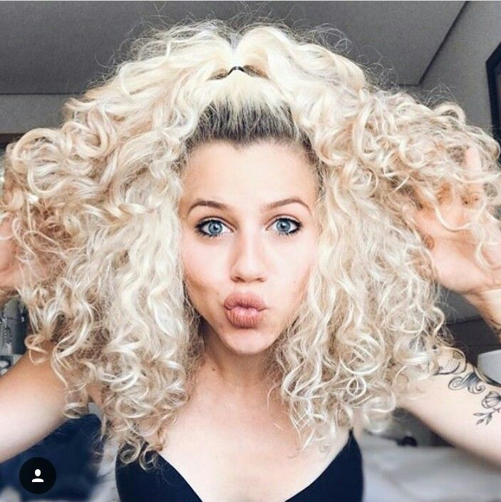 Camila Vieira Curly Hair Styles Blonde Curly Wig Curly Wigs