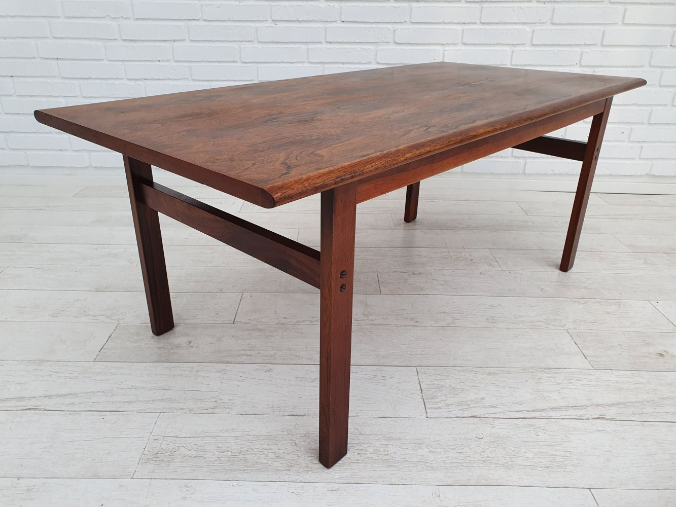For Sale Rosewood Capella Coffee Table By Illum Wikkelso For N Eilersen 1970s In 2020 1970s