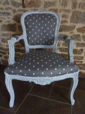 retapiss un fauteuil louis xv tissus ppis peinture effet craquel fauteuils pinterest. Black Bedroom Furniture Sets. Home Design Ideas