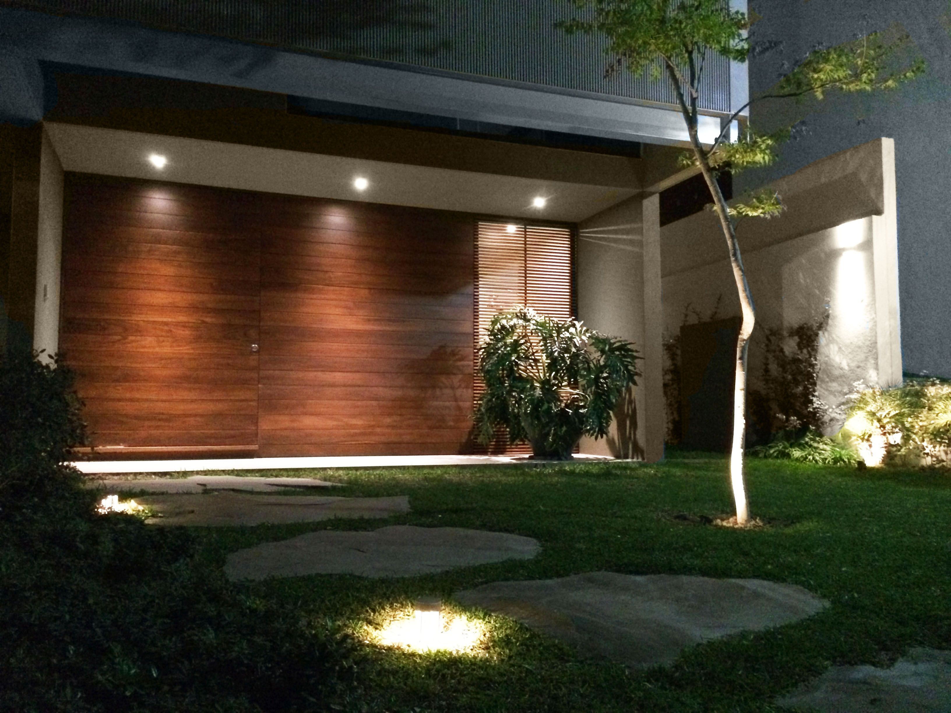 Iluminación de jardín #Elecva | Proyectos de Iluminación Elecva ...