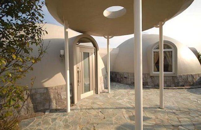 Maison En Forme De Dôme ©i Domehouse.com