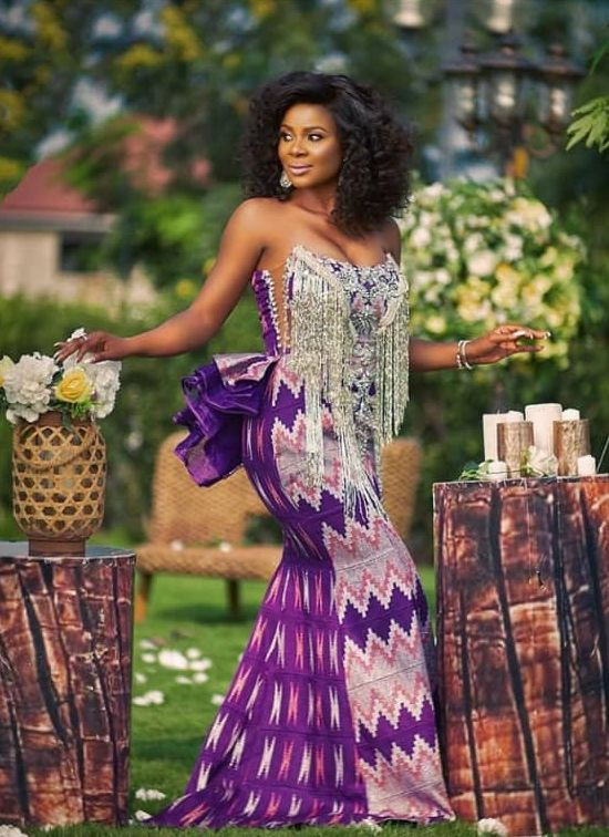 40 Gorgeous Wedding Dress Styles For Your African Traditional Wedding - The Glossychic #nigeriandressstyles