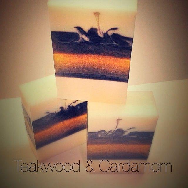 Teakwood & Cardamom - melt & pour soap