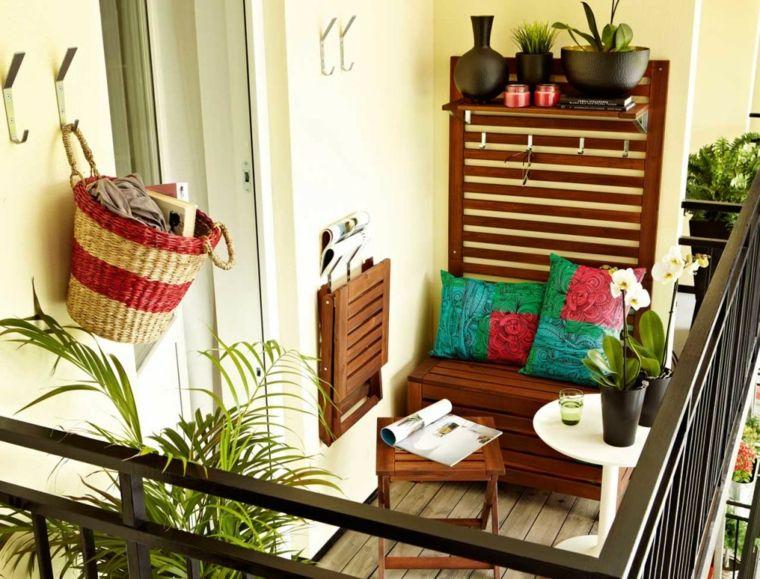 Decorar balcones peque os con estilo 40 ideas en fotos for Ganchos para colgar cosas