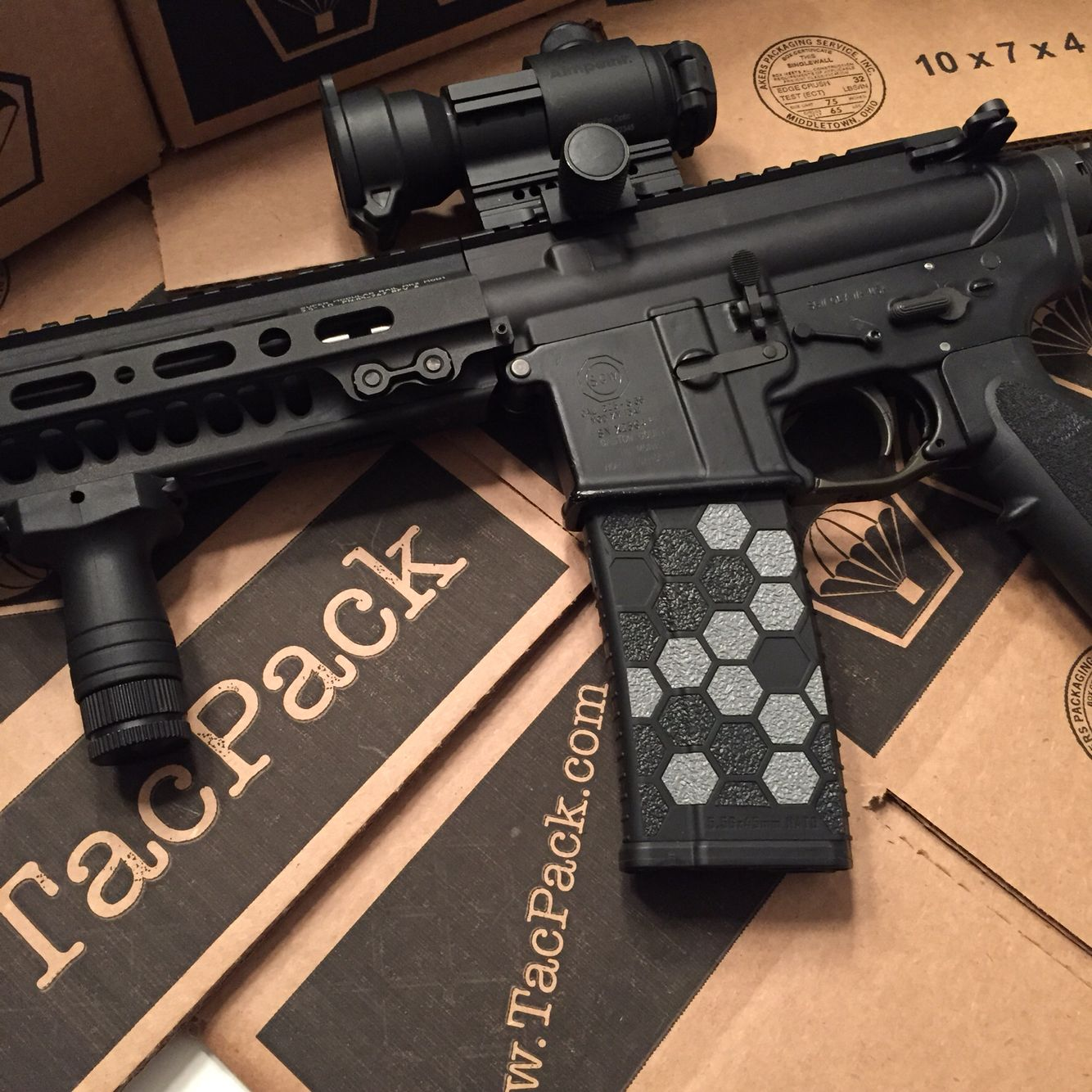 Magnificent M16 Nail Gun Embellishment - Nail Art Ideas - morihati.com