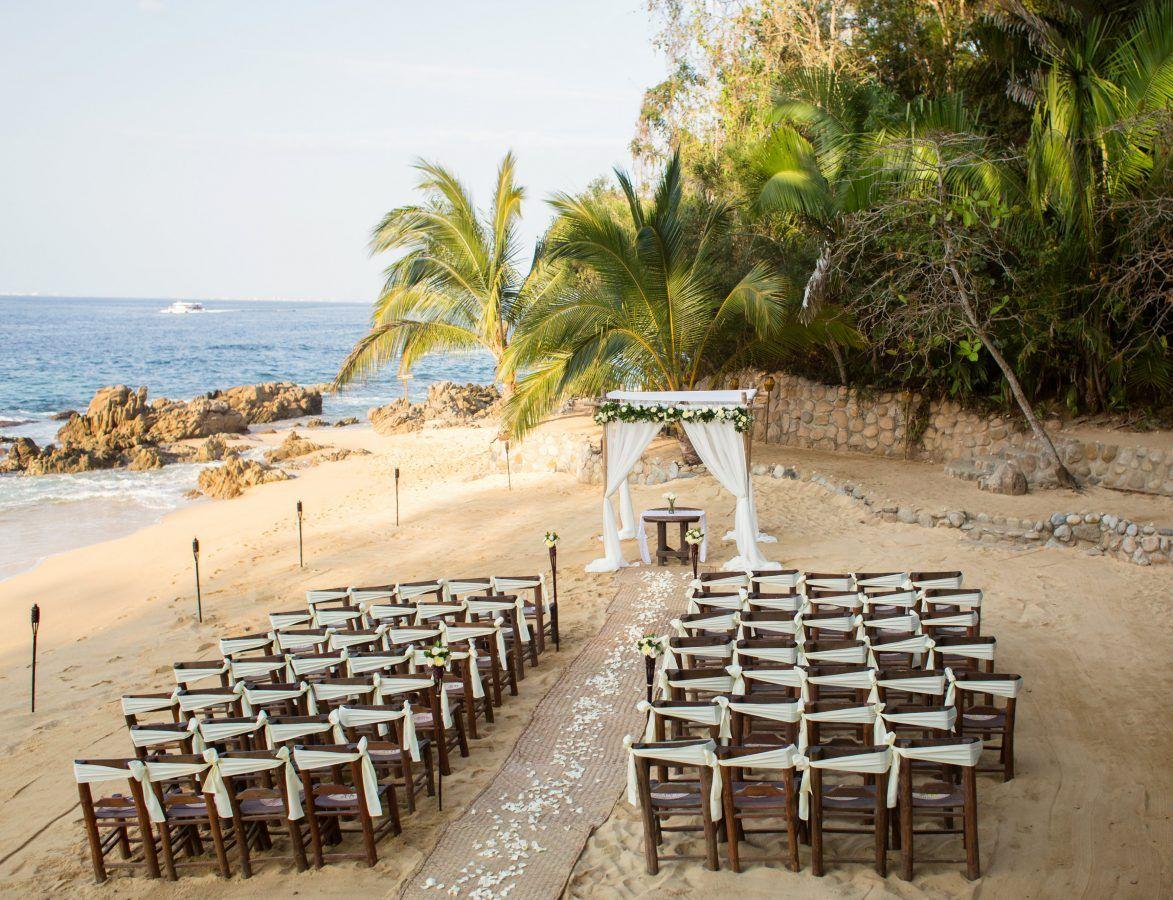 Destination Beach Wedding At Las Caletas In Puerto Vallarta Mexico Adventure Weddings