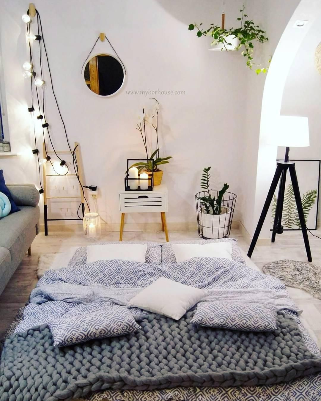 handgefertigtes woll plaid super chunky light chain room and interiors. Black Bedroom Furniture Sets. Home Design Ideas