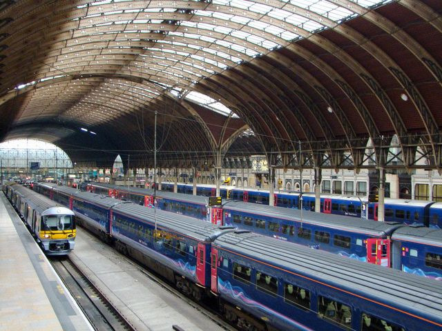 Take Advantage of the Savings of Train Travel in the UK