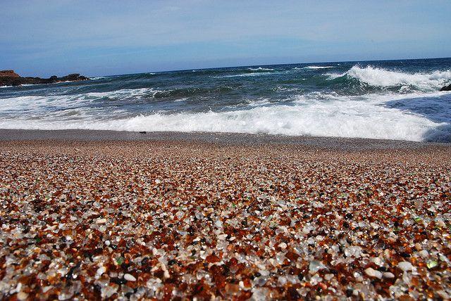 Стеклянный пляж Glass Beach, Fort Bragg, California