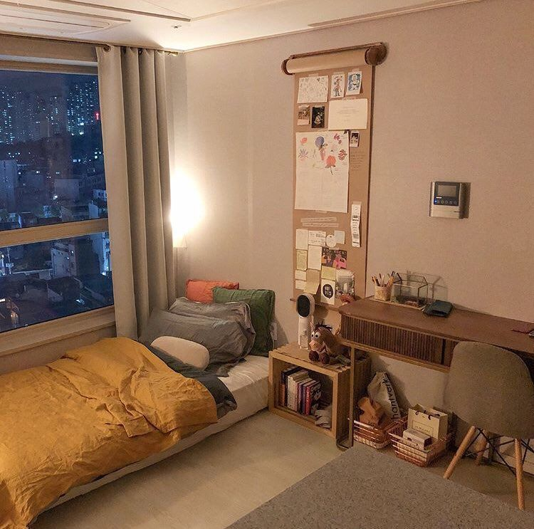 Stylish Storage Ideas For Small Bedrooms: Produce An Inviting Atmosphere With
