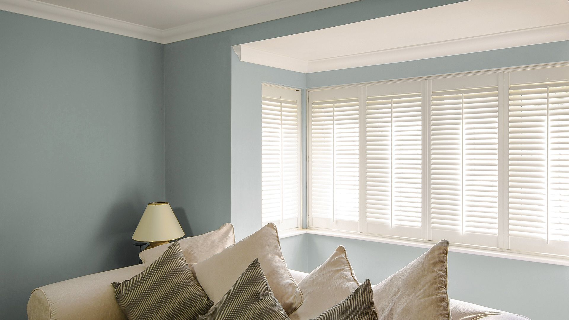curved window blinds window treatment arched bay window shutters shutter blinds for square curved windows uk bathroomblinds verticleblindsbedrooms