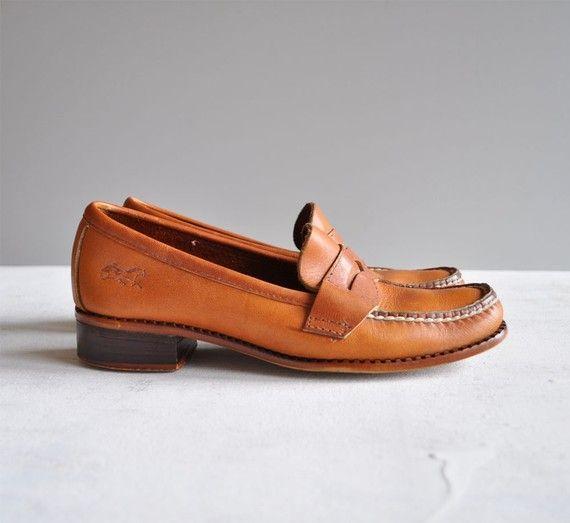 d31e6d2a1a6 3 Prep school Vintage style penny loafers.
