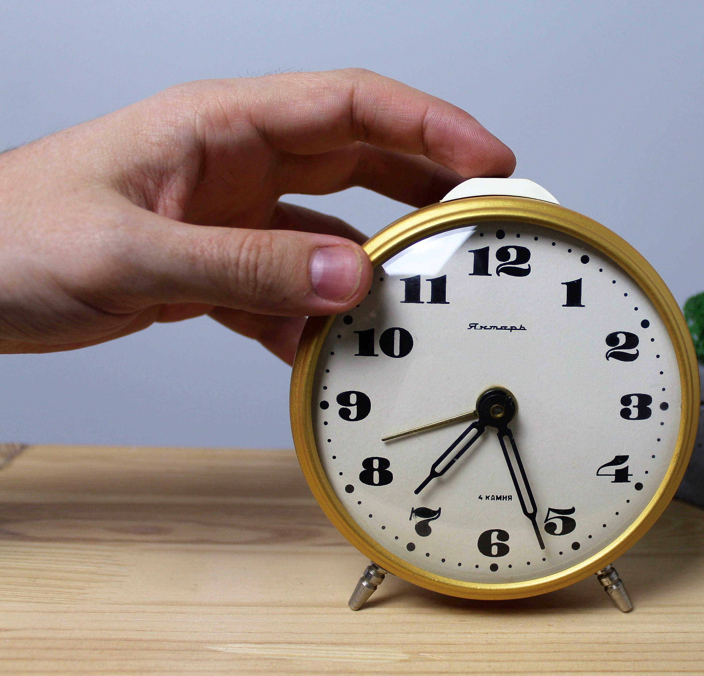 """Soviet Alarm Clock, Desk Clock """"Yantar"""", alarm clock ..."""