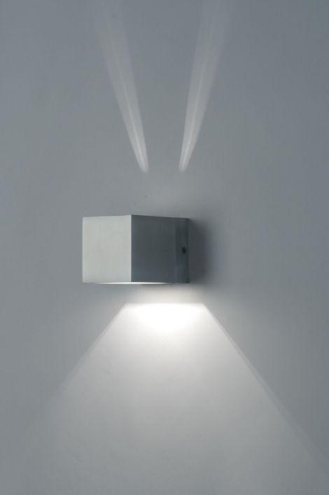 wandlamp woonkamer. 70168: modern, design, aluminium, vierkant ...