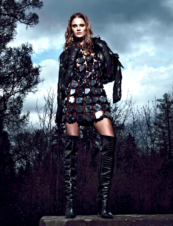 """""""Palace Coup"""" Constance Jablonski by Patrick Demarchelier for Vogue Russia September 2012"""