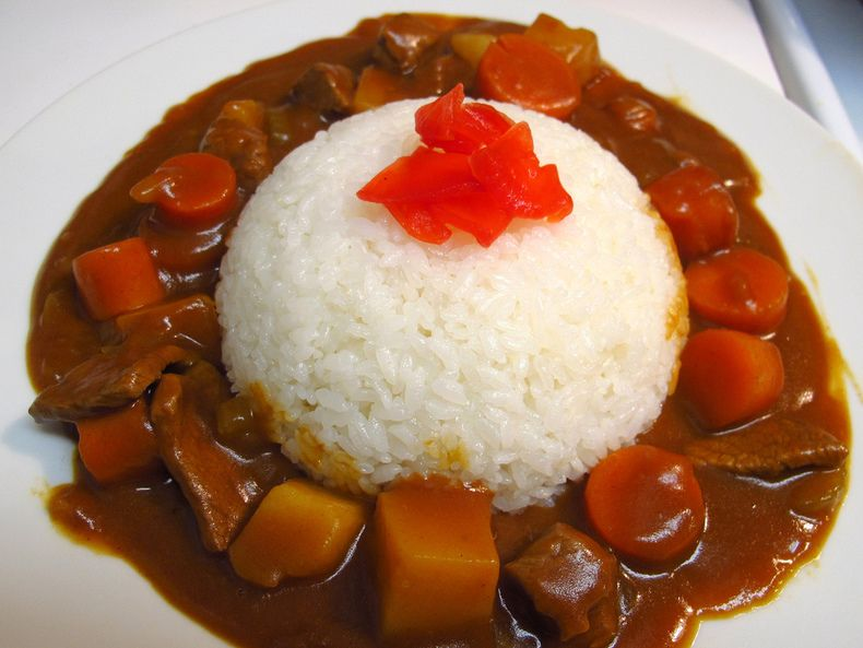 Japanese Curry Rice A Japanese Curry That S Based On British Navy Curry Japanese Curry Food Japan Food