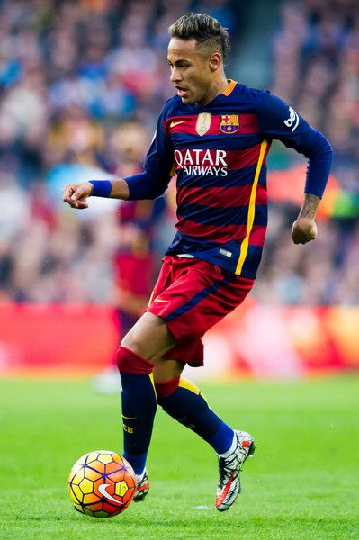 Neymar Santos Jr of FC Barcelona conducts the ball during the La Liga match between FC Barcelona and Club Atletico de Madrid at Camp Nou on January 30, 2016 in Barcelona