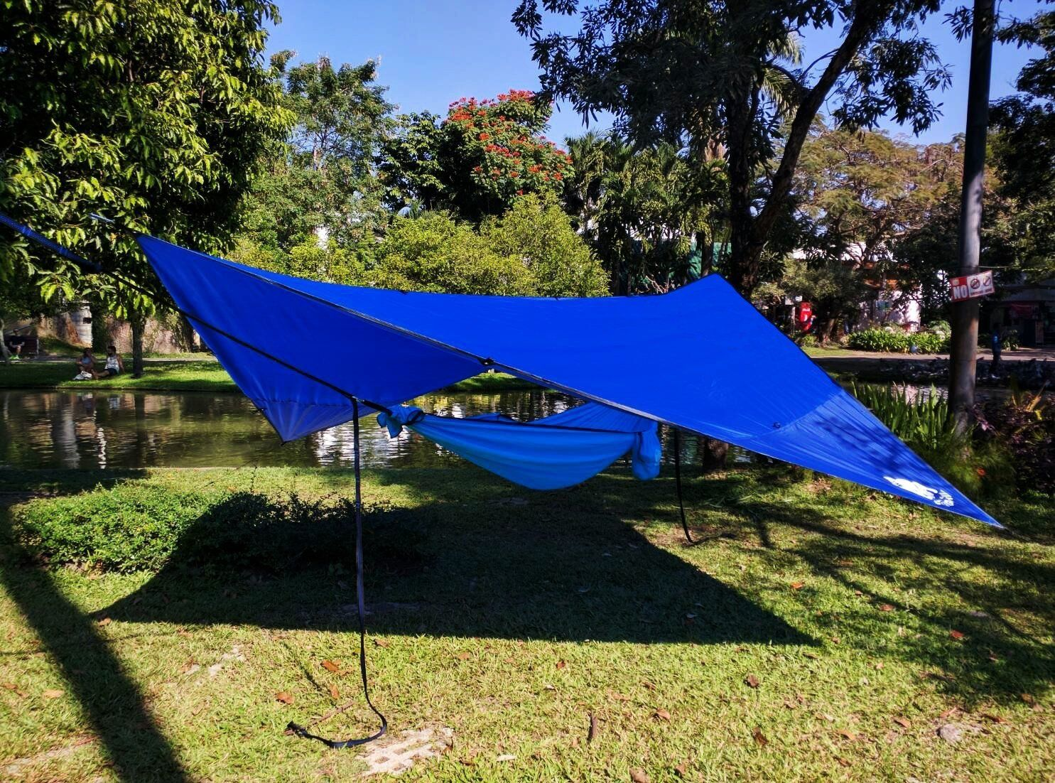 buy crehouse hammock tent with mosquito   and rainfly rain cover waterproof at online store amazon     chill gorilla 12 u0027 pro rain fly blue waterproof tent      rh   pinterest
