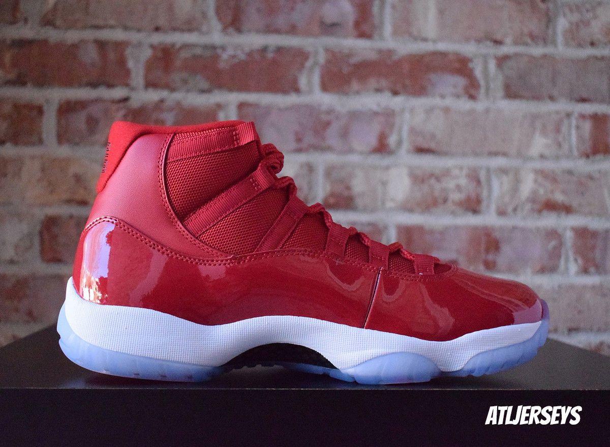 3b77a747b1995a Flashback to  95  The World Premiere of the Air Jordan XI - SneakerNews.com