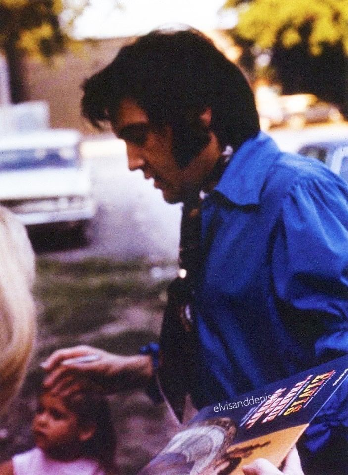 """June 4, 1970…signing """"Frankie & Johnny"""" album for a fan Source ..."""