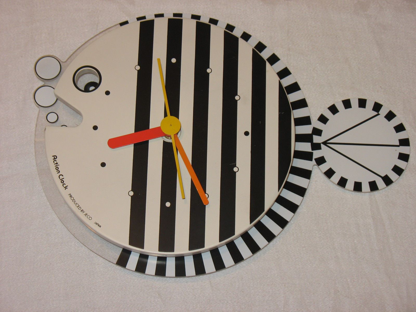Vintage fish motion action clock produced by jeco japan works vintage fish motion action clock produced by jeco japan works ebay amipublicfo Images