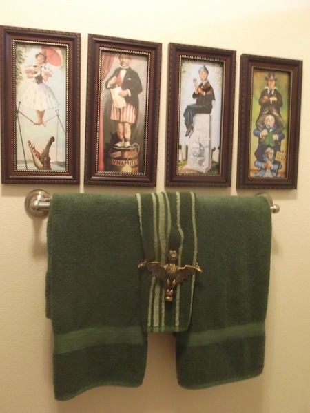 My Haunted Mansion Inspired Powder Room Stretching