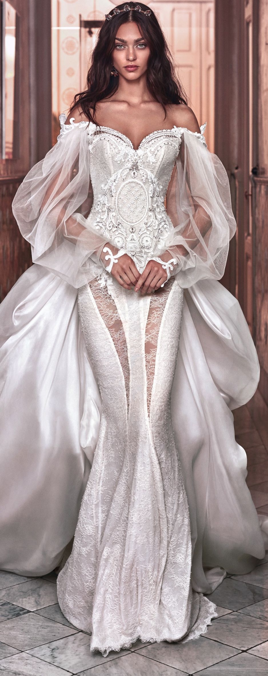 A Victorian wedding gown, homage to Queen Victoria\'s wedding gown ...